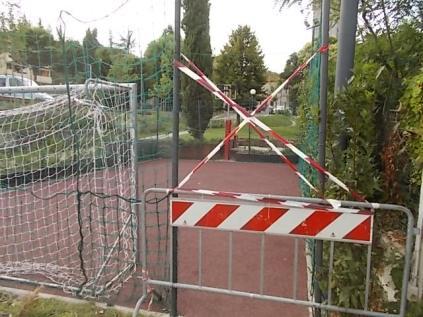 gaiole vandali campino basket e calcio (1)
