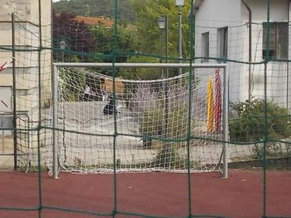 gaiole vandali campino basket e calcio (11)