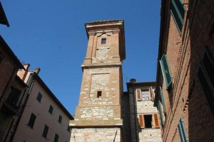 berardenga torre dell'orologio