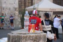 eroica 2021 ciclisti broccioni in piazza del campo (3)